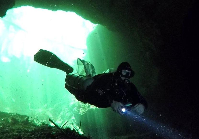 Man caving diving